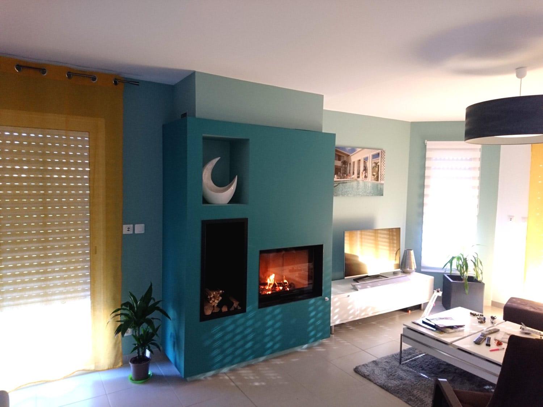 Foyer bois dans une maison